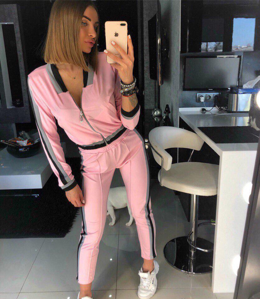 Женский спортивный костюм с укороченной мастеркой на молнии 18spt244