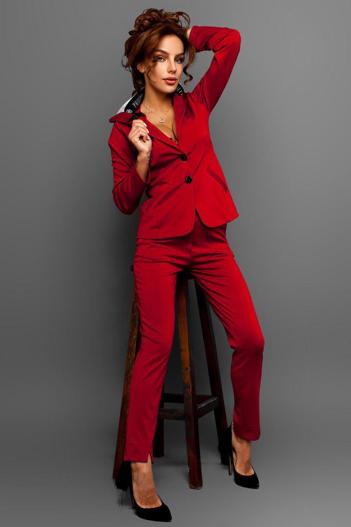 Женский брючный костюм с пиджаком и капюшоном 14kos387