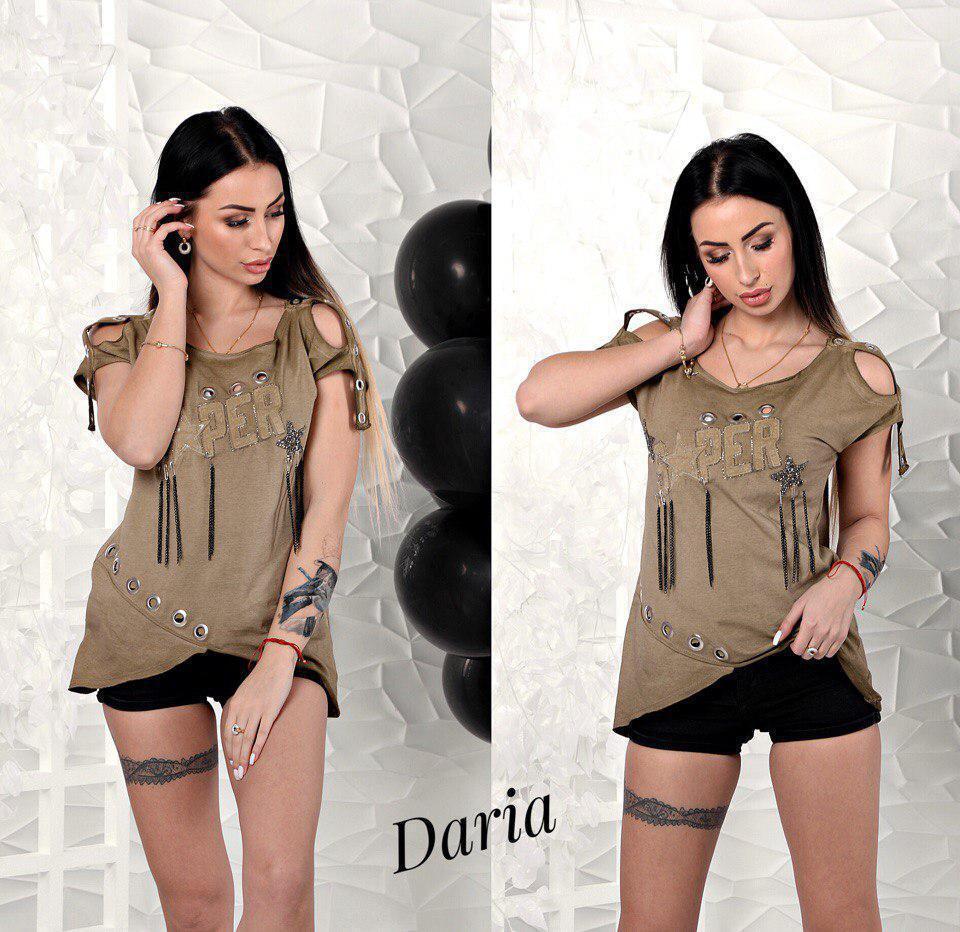 Летняя женская футболка с разрезами на плечах и декором 55fut38
