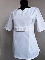 Белый женский медицинский костюм