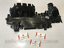 Воздуховод радиатора Audi Q7 4M правый 4M0121284CK