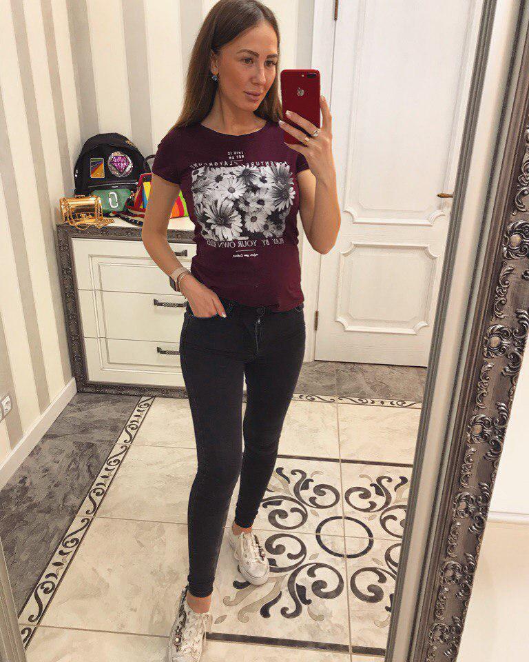 Черные женские джинсы с молнией на попе 33bil266