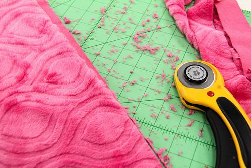 нарезка ткани минки плюш