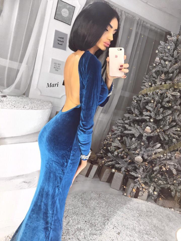 Бархатное длинное платье с открытой спинйо 63plt2246