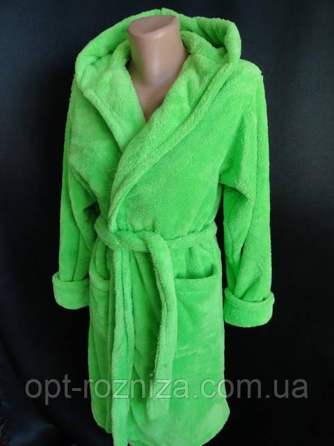 Молодежные махровые халаты с капюшоном.