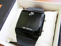 Ультра модные унисекс часы копия Nike черный корпус, фото 1