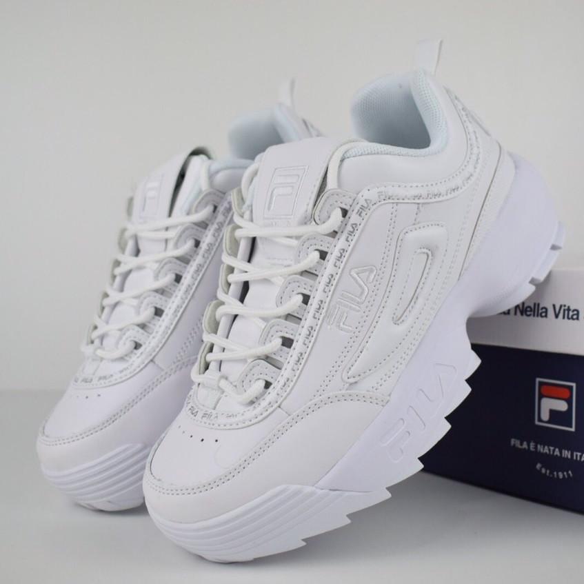 Женские кроссовки в стиле Fila Disruptor II белые с ободком. Живое фото