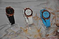 Женские часы GENEVA на силиконовом ремне
