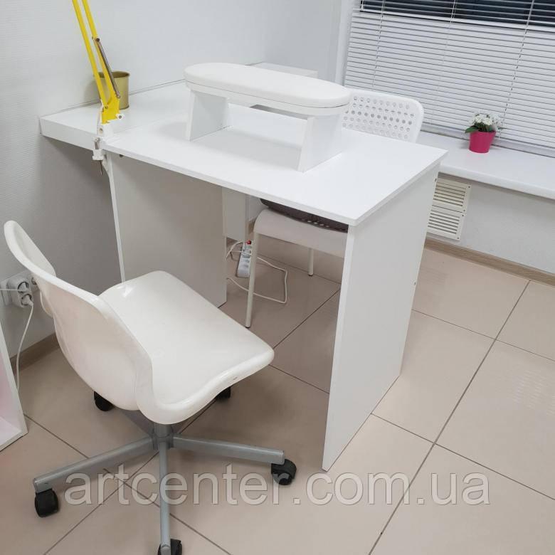 Лаконічний стіл для манікюру, білий манікюрний стіл
