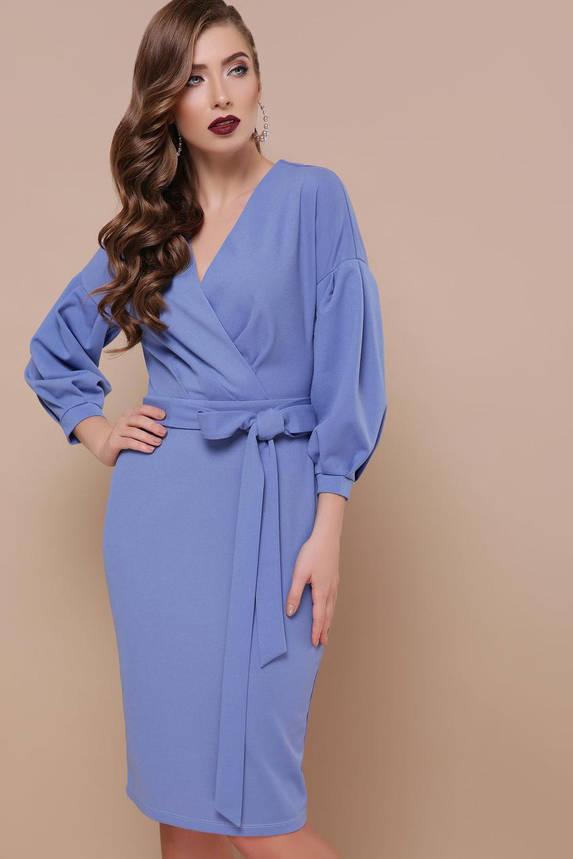 Красивое платье футляр с запахом и поясом светло-синее, фото 2