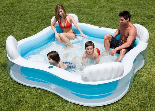 Семейный надувной бассейн Intex 56475(229*229*46см)