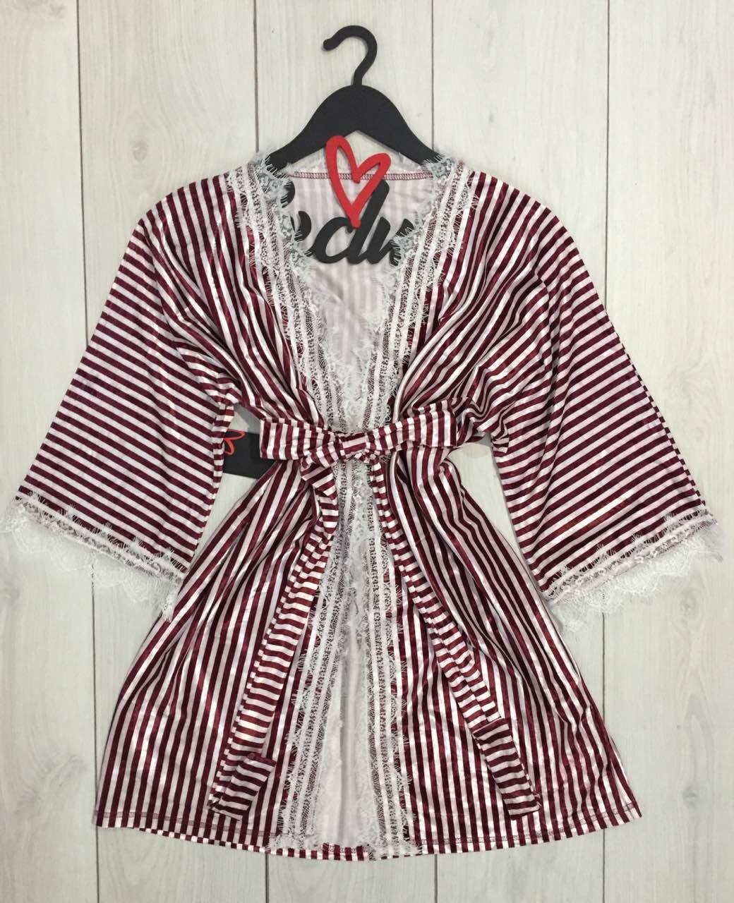 Бело-бордовый полосатый халат из велюра с белым кружевом, ТМExclusive.