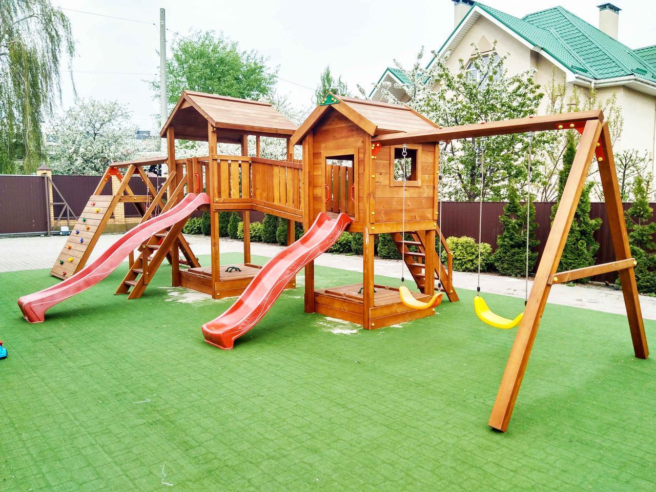 Детская площадка Spielplatz Виланд, Отто с лазом Эсто, качелями и двойной песочницей-трансформером