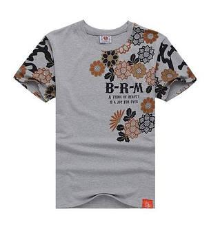 Серая арт футболка с иероглифами и цветами, фото 2