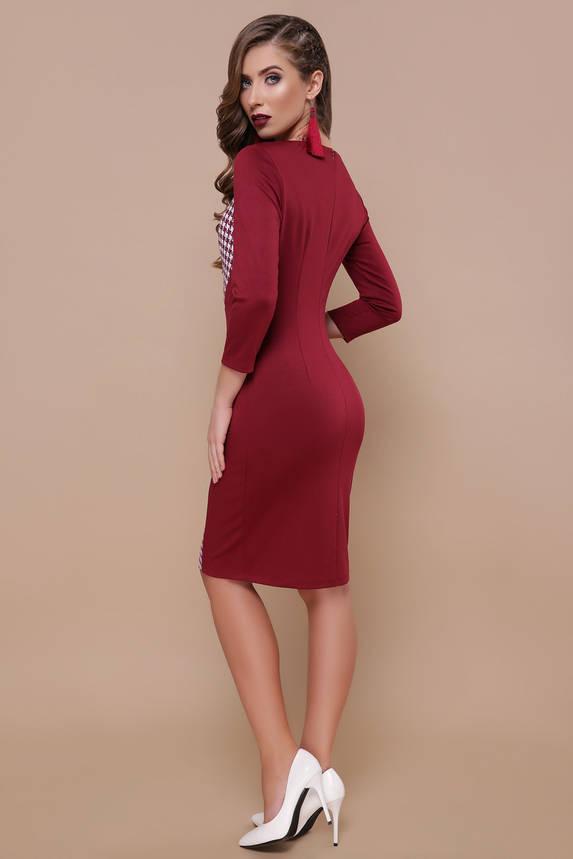 Красивое трикотажное платье футляр с принтом бордовое, фото 2