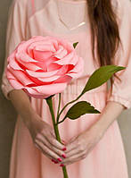 Гигантские цветы, розы