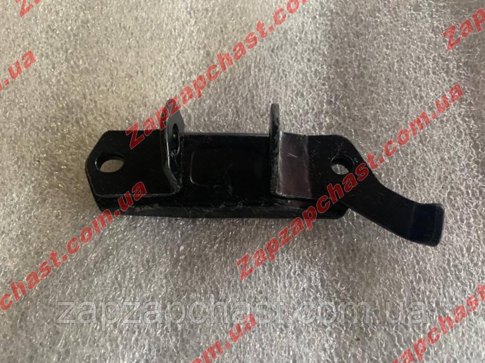 Кронштейн переднего амортизатора Ваз 2101 2102 2103 2104 2105 2106 2107