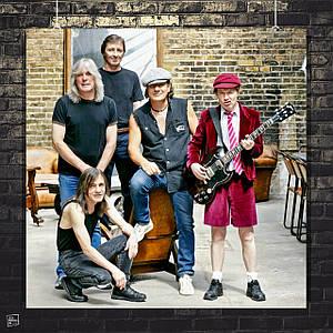 Постер AC/DC, вся группа, квадратный постер. Размер 60x60см (A1). Глянцевая бумага