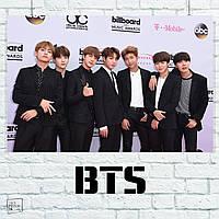 """Постер """"Bangtan Boys у стены с логотипами"""", BTS, Beyond The Scene, кпоп. Размер 60x40см (A2). Глянцевая бумага"""