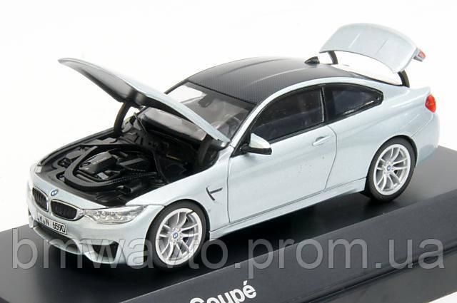 Модель автомобиля BMW M4 Купе (F82)