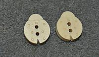 Деревянная пуговица.  божья коровка 17*14 мм