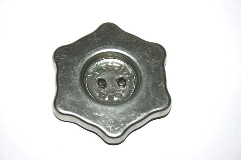Крышка маслозаливной горловины 2101, 2102, 2103, 2104, 2106, 2107, 2121 ВИС (пробка)