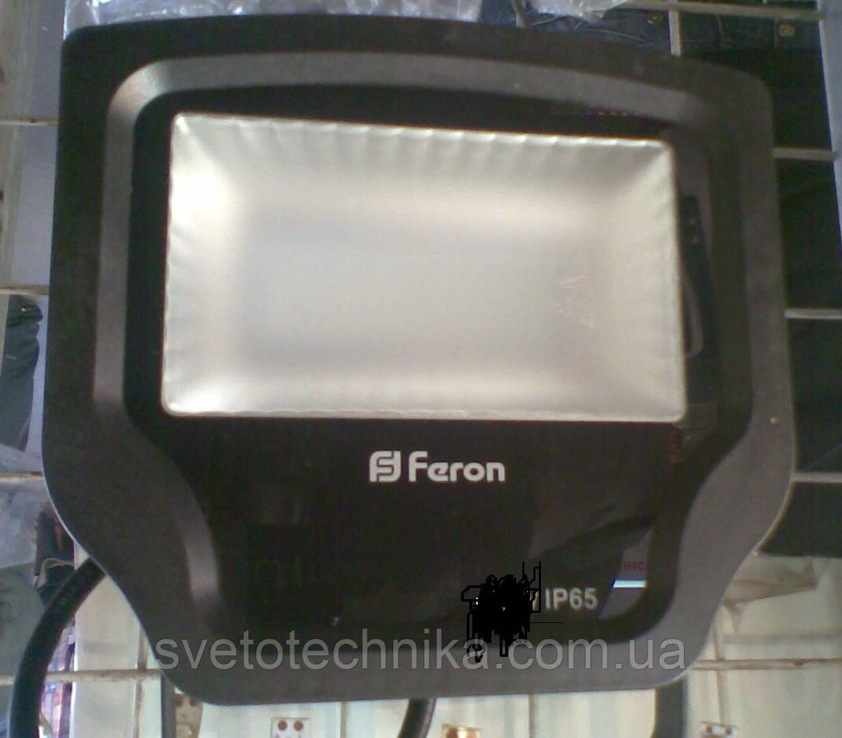 Прожектор светодиодный в тонком корпусеFeron LL471100W (цвет корпуса черный)