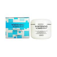 Осветляющий и омолаживающий крем  Jigott Whitening Activated Cream 100 мл