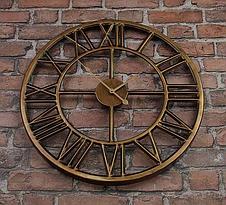Часы настенные металлические в стиле лофт - Roman Gold 80 cm, фото 3