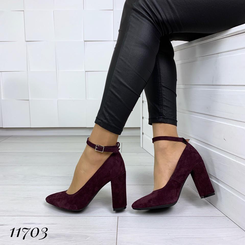 Туфлі Angelica жіночі велюрові на підборах з ремінцем на щиколотці