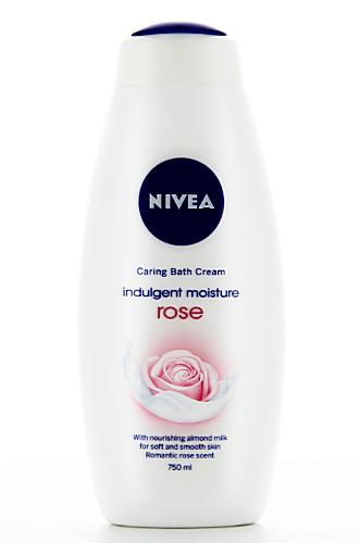 Nivea Rose Гель - крем для душа 750 мл