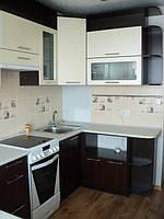 Кухня Бежевая с коричневым, пленочная, угловая, с барной стойкой, фото 1