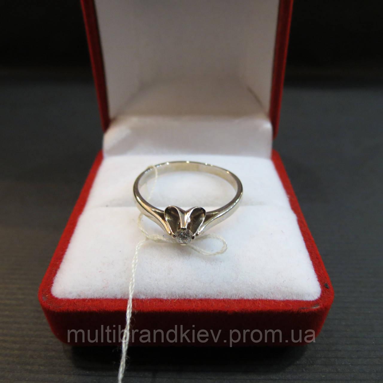 Золотое Кольцо с бриллиантом размер 18,5