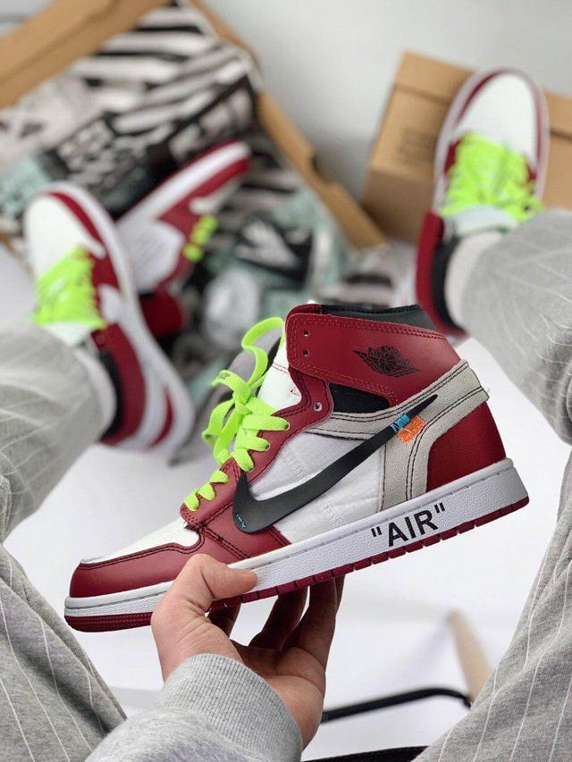 Кроссовки Air Jordan 1 x Off White Chicago фото