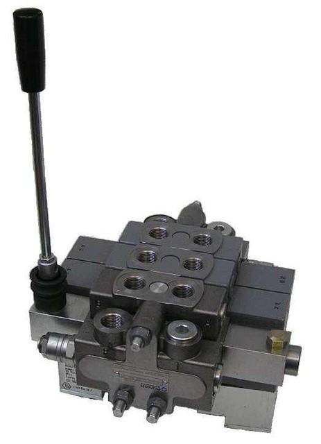 Розподільники з ручним керуванням/верстатні Ponar WMM10