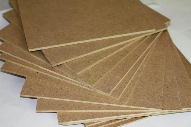 Древесно-волокнистые плиты или ДВП 1,22*2,44*3 мм (лист)