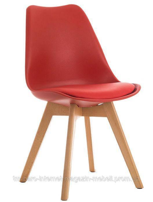 Стул Тор красный пластик, ножки дерево (Прайз), Eames