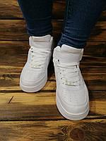 Кроссовки высокие женские Nike Air Force хай топы белые на липучках.