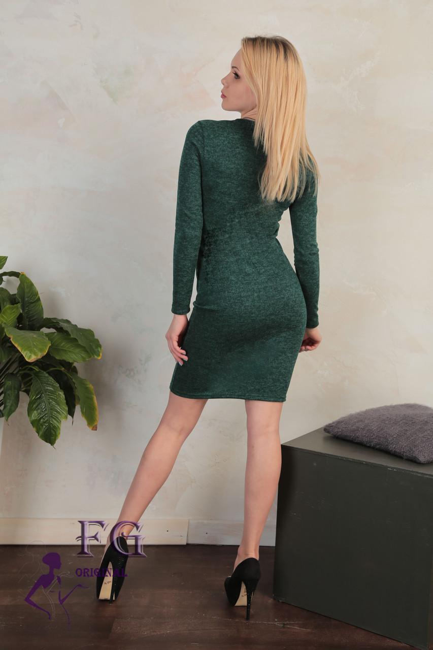 """Красивое платье по фигуре до колен с длинным рукавом и декольте из сетки в бусины """"Tina"""" темно-зеленое"""