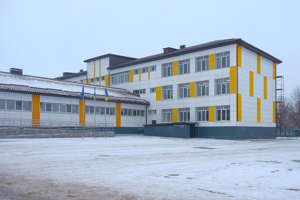 Магдалиновская опорная школа: Монтаж вентсистемы с приминением фиброцементных плит. 1