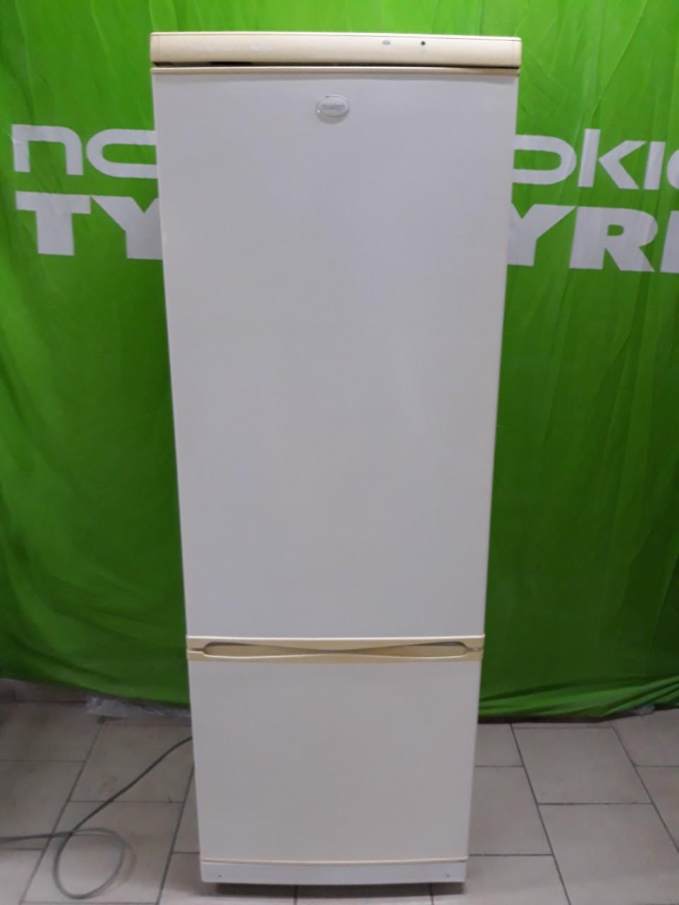 Холодильник Б/У Snaige