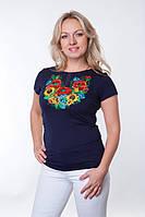 Модная женская футболка с вышивкой на груди