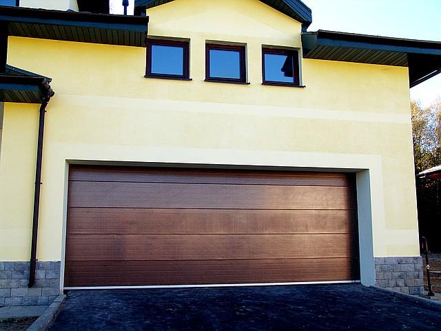Ворота автоматические гаражные секционные