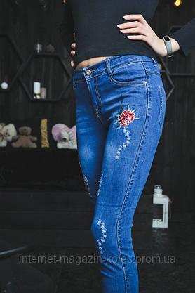 Женские джинсы с цветочной вышивкой, фото 2
