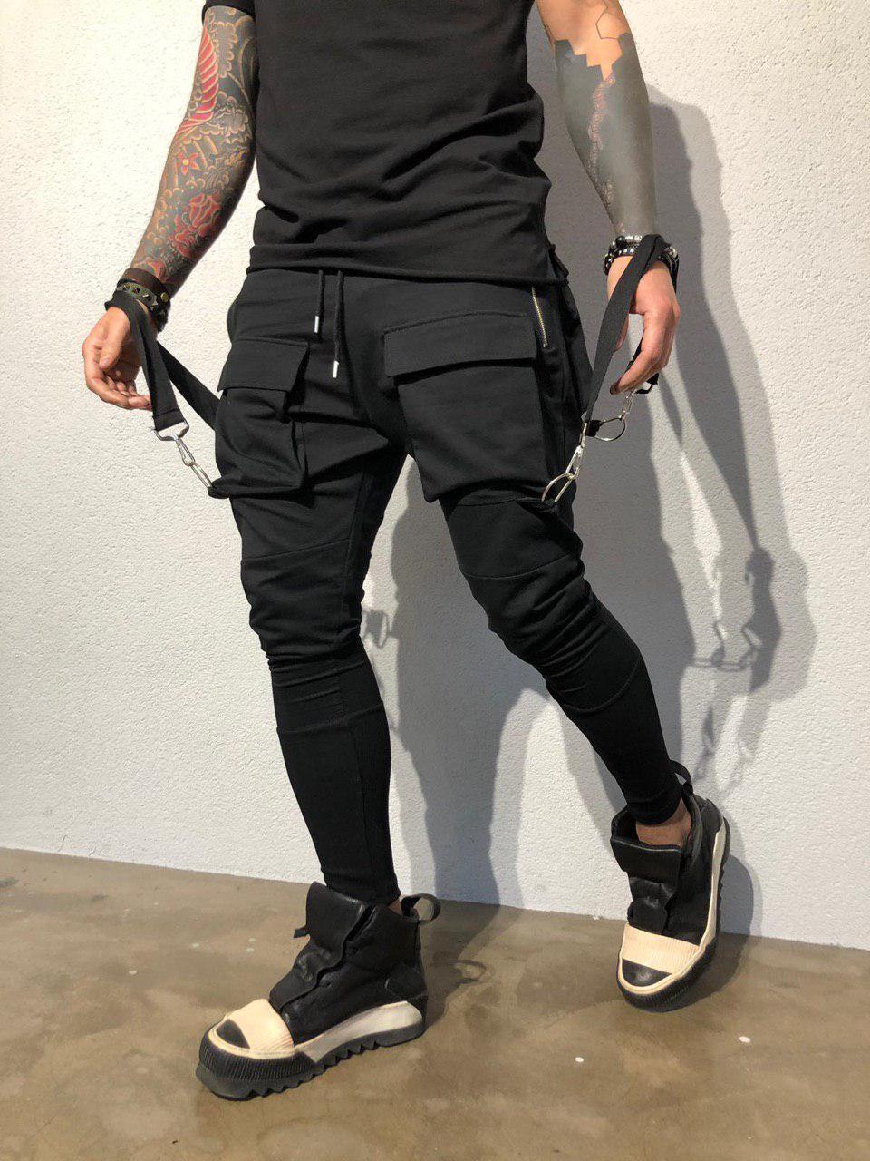 7fb0709f9974 Мужские зауженные спортивные штаны черного цвета с брителями