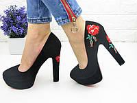 Женские туфли с вышивкой на каблуке Milla черные 1073 62ed46954ff56