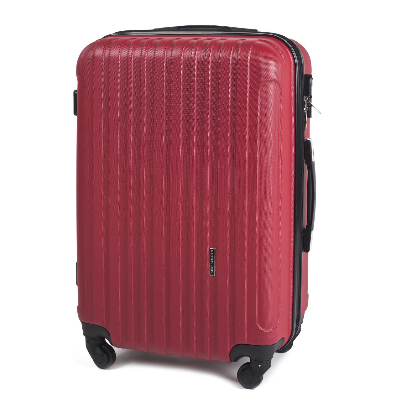 Большой пластиковый чемодан Wings 2011 на 4 колесах красный