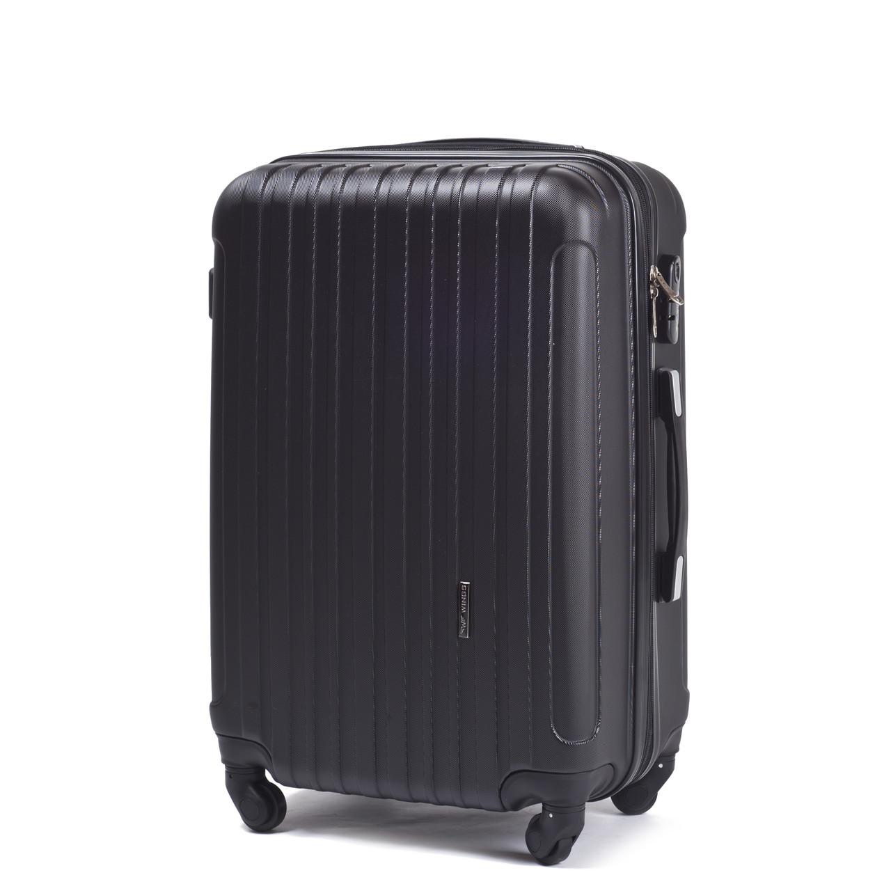 Средний пластиковый чемодан Wings 2011 на 4 колесах черный