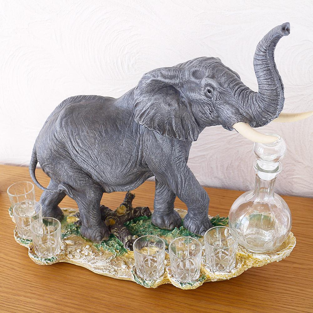 Статуэтка слона на скале из качественного полистоуна.