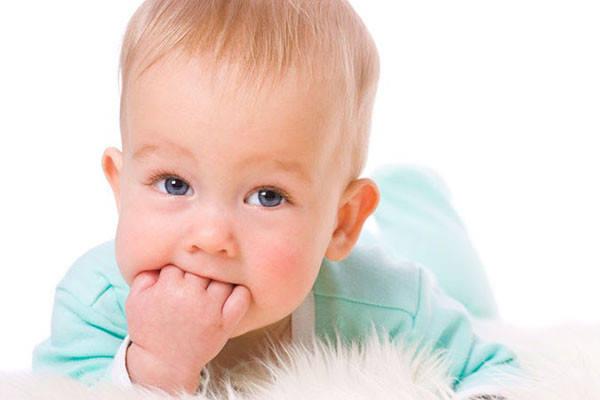 5 способов облегчить боль при прорезывании зубов